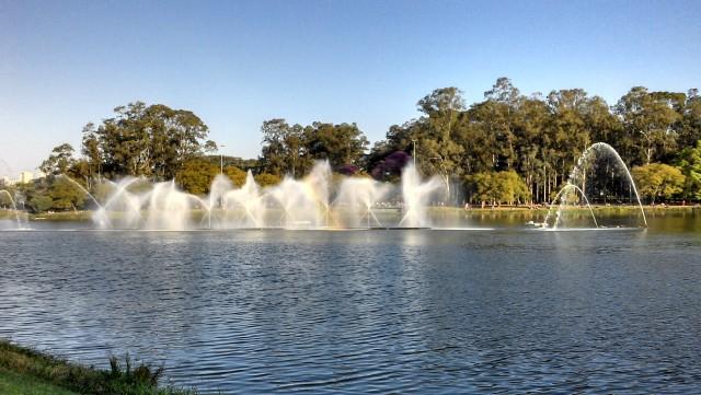 Fonte do lago do Parque Ibirapuera é revitalizada
