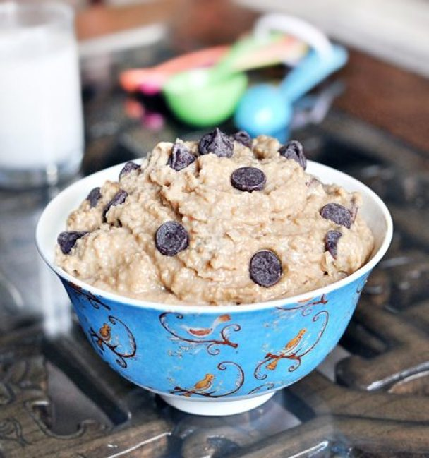 HEALTHY COOKIE DOUGH DIP - the recipe has over 350k repins on pinterest! http://chocolatecoveredkatie.com/2011/05/23/want-to-eat-an-entire-bowl-of-cookie-dough/