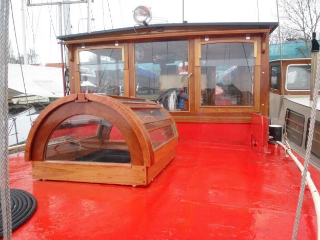 Ronde koekoek sleepboot