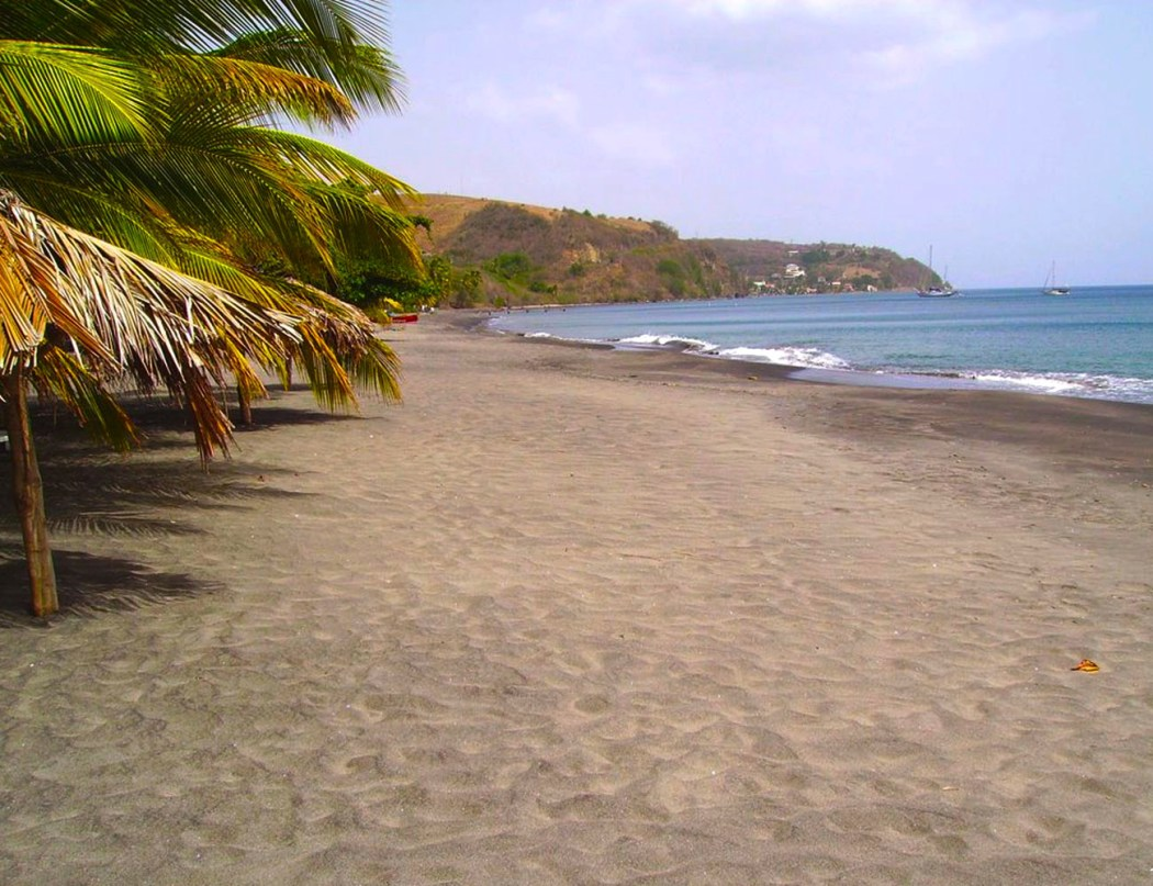 How to visit 5 best of the caribbean beaches in 7 days for Black sand beach caribbean