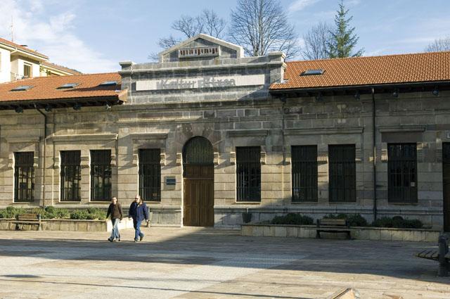 BALMASEDA. Biblioteca municipal