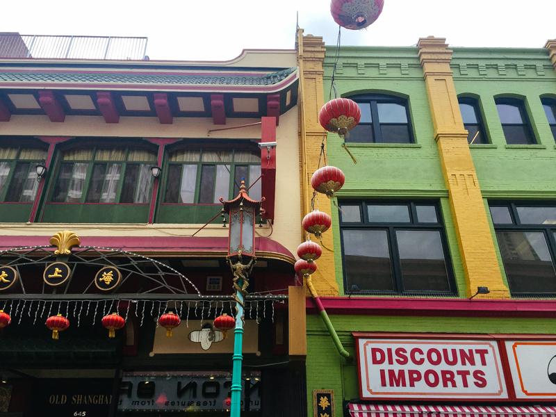 San-Francisco-Travel-Guide-China-Town-Lanterns