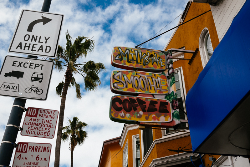 San-Francisco-Travel-Guide-Mission-Neighborhood-Smoothie-Spot