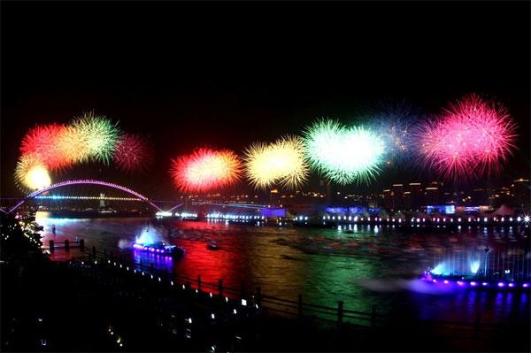 shanghai_expo_fireworks_05
