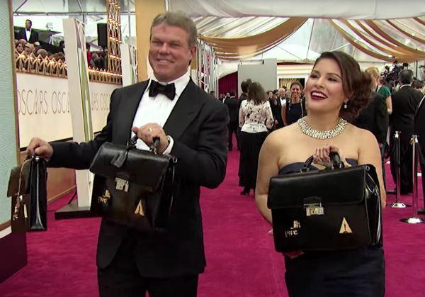 Oscar 2017: Esta es la pareja que sabía los ganadores de la ceremonia y cuya equivocación propició el error