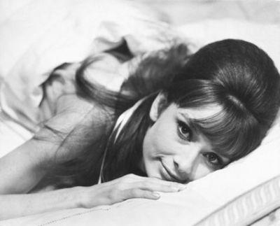Audrey-Hepburn-Photograph-C10101762.jpg
