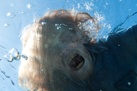 "TV Review: Fear the Walking Dead Season Two Episode 1 ""Monster"""