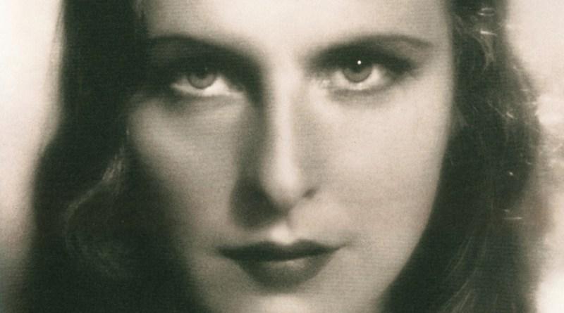 Leni Riefenstahl e o Nazismo: Das Paixões Românticas ao Racionalismo Técnico