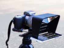 Parrot Affordable Teleprompter for DSLR Cameras