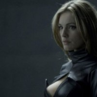 News: Kelly Brook sexy dans la série Metal Hurlant Chronicles