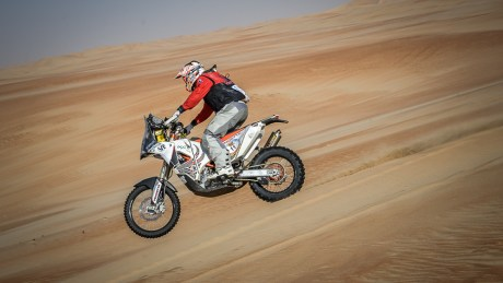 Dubai-based David McBride presses on through the Arabian desert