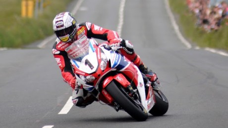 John McGuiness wins the senior TT and makes new lap record