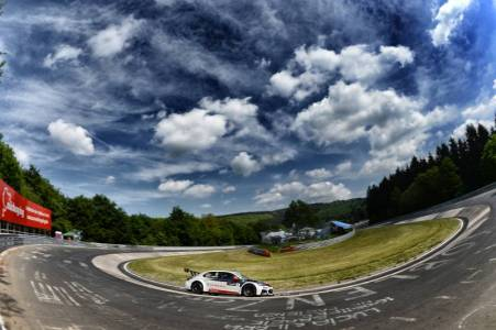 The spectacular 'Ring' A perfect backdrop for a winning weekend with Citroen