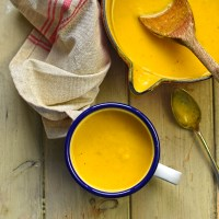 swede and carrot soup with smoked paprika