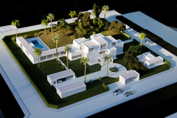 Mansions in Africa