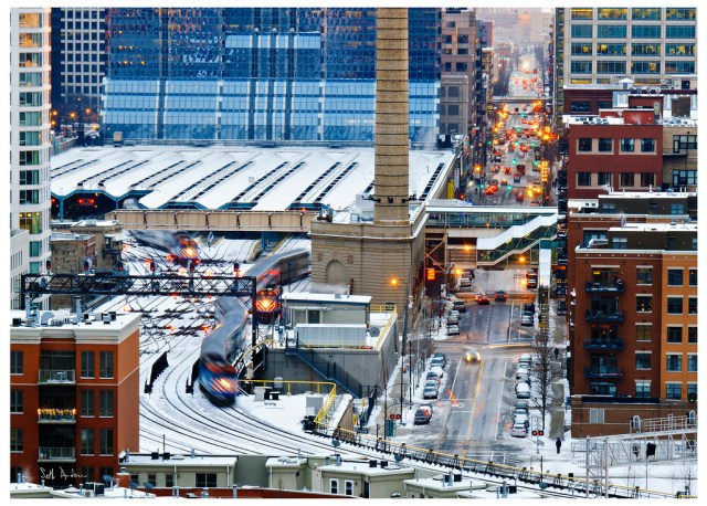 A train leaves the Ogilvie commuter rail station in the West Loop. Credit: Seth Anderson, Flickr