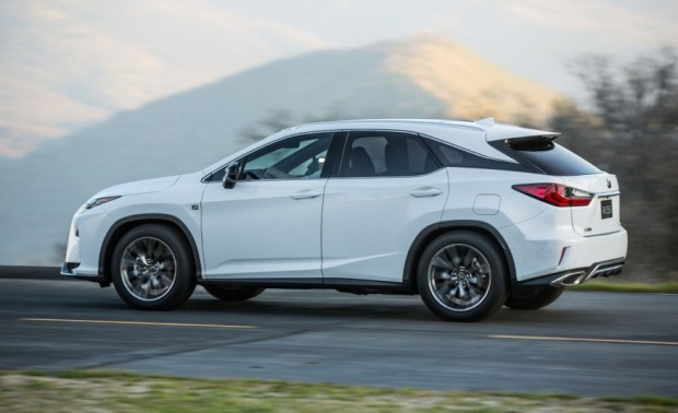 2016-Lexus-RX350-F-Sport-103-876x535