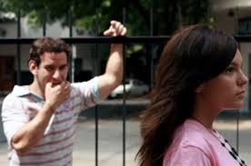 01. Perú: Registrar el acoso sexual en espacios públicos como una forma de halago es un modo de encubrir la subordinación de género