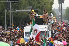08. México: Preservan memoria histórica del colectivo lésbico gay
