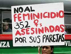 19. Perú: de 15 a 25 años de prisión para quienes cometan feminicidio