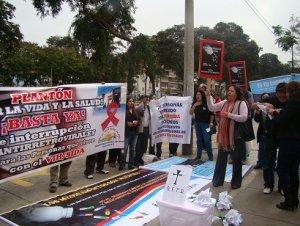 16. Perú: MINSA se compromete adoptar medidas ante interrupción en la entrega de antiretrovirales
