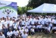 Empleados y ejecutivbos de Gildan participantes en el programa de reforestación
