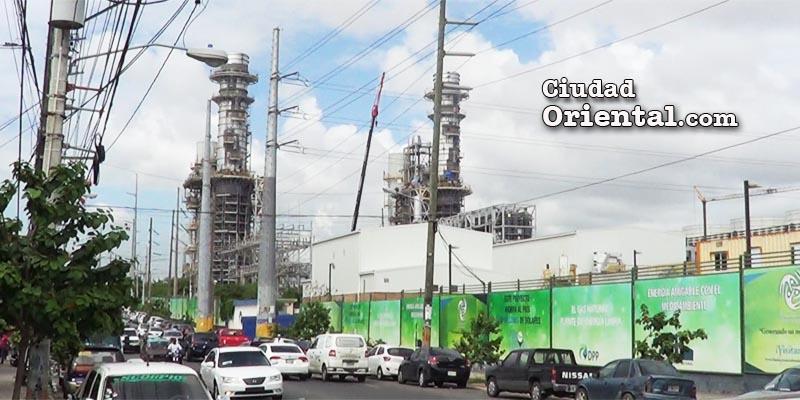 Regidores abren investigación sobre plantas eléctricas propiedad de AES Dominicana