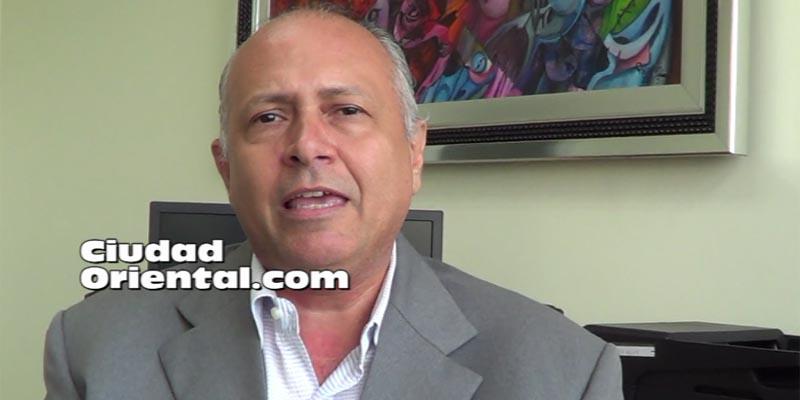"""Regidor Robert Arias dice no amenazó a Rafael Lara, sino """"lo aconsejó"""""""