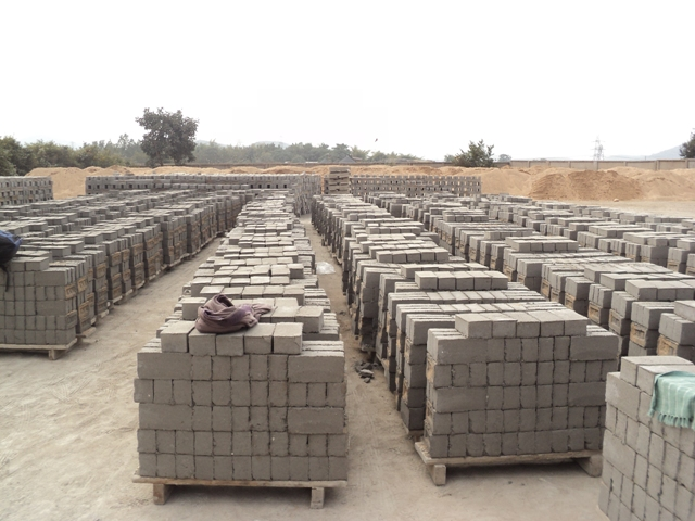 Cement Fly Ash Bricks : Quality requirements for burnt clay fly ash building