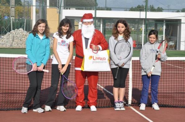 Pai Natal visitou o ténis no VI Torneio