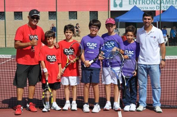 Torneio de Tenis Seniores e Sub 10 – veja as fotos
