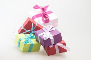gifts-570816_1920