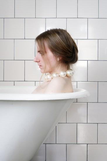 Lissa Rivera, Bath