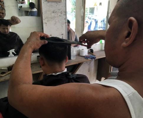 Barbers' Tales (Mga Kuwentong Barbero): Vic