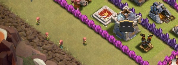 Clash-of-Clans-lady-villagers-revealing-trap-and-hidden-tesla-spots