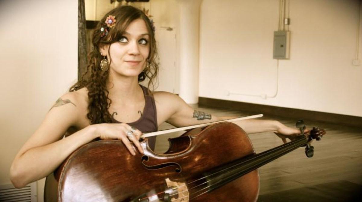 Rachel Barringer Stage and Studio Musicians Tips Stringletter Performance Stage Practice