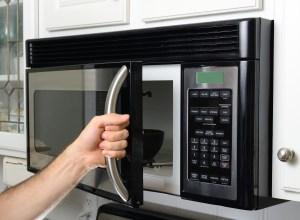 Easiest Way to Clean Microwave