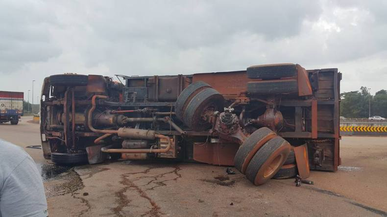 Five Bauxite Lorries Burned by an Angry Malaysian Public