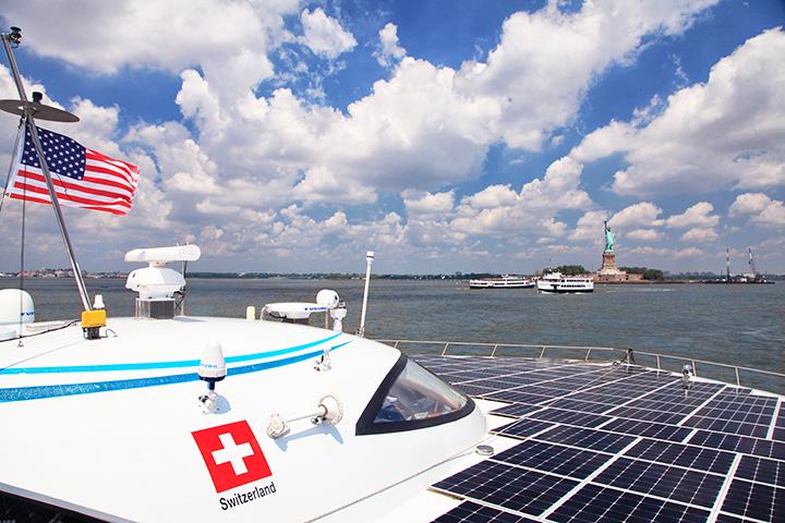 solar boat flat3