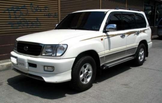2003 Toyota Landcruiser GXR   GARAJE
