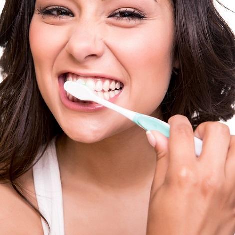 Clinica mariana sacoto navia cuidado dental estética de la sonrisa