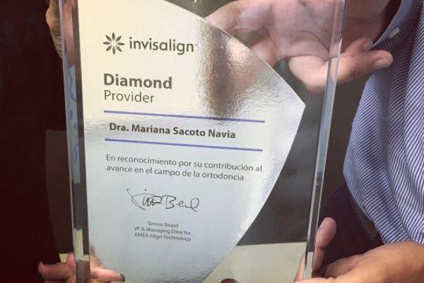 Clinica Mariana Sacoto Navia Expertos en Invisalign Diamond Provider Barcelona Cornella Terrassa. Expertos en Ortodoncia Digital . experiencia, profesionalidad