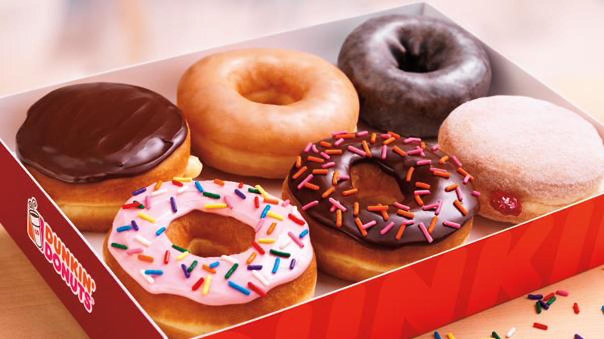 Dainty Artificial Decides Donuts Has Removed All Artificial Dyes From Its Nearlyone Year Ahead As Company Continues To Work To Findreplacements Time To Make Doughnuts Free nice food Dunkin Donuts Bagels