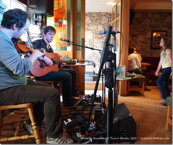 Live Music in Clifden 2012 (1)