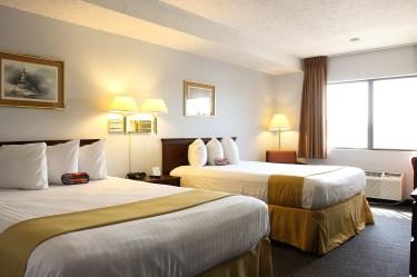 double-queen-beds