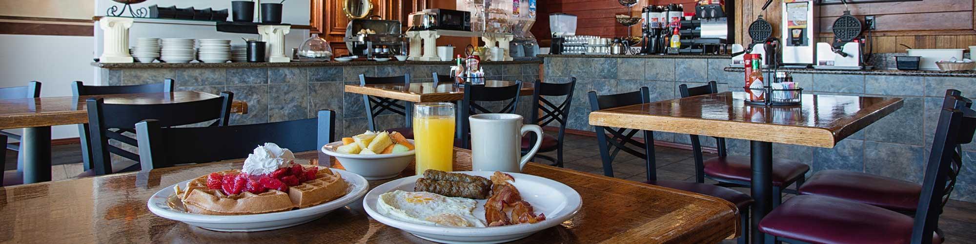 Clover Island Inn free breakfast