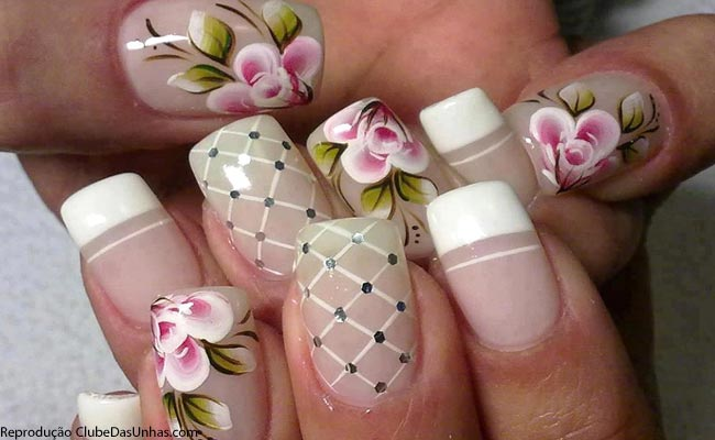 unnhas-com-flores