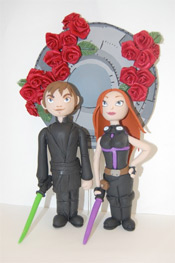 Luke/Mara wedding cake topper by Hildoom @ Etsy