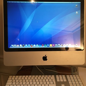 Ordinateur Apple iMac OS X version 10.6.8 Intel Core 2 Duo