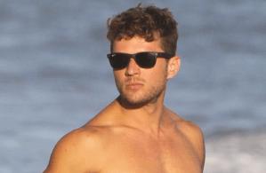 MAN CANDY: Ryan Phillipe Flaunts Bulge, Biceps & Buff Body – Damn!